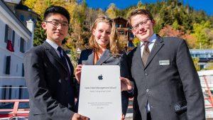 Những chứng nhận danh giá của trường quản lý khách sạn SHMS