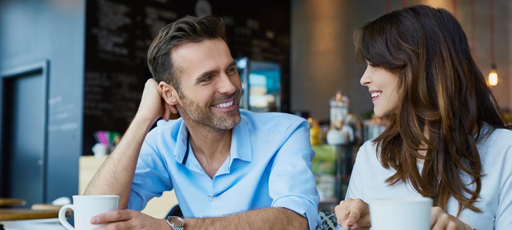Khi nói chuyện, người Hà Lan dùng nhiều eye contact để hiểu ý người đối diện