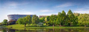 Khuôn viên của đại học Surrey University Anh Quốc